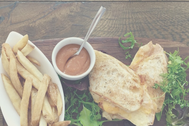 Budgeting Tips: Restaurants vs. Dining In