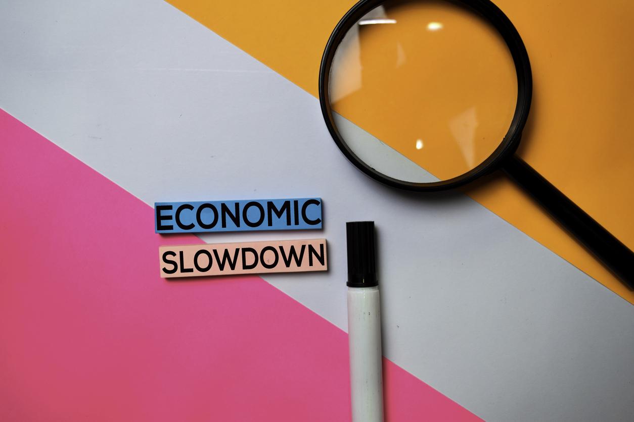 Should I Refinance Student Loans in an Economic Downturn?