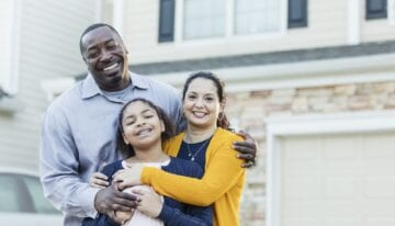 Family buying a house with student loan debt