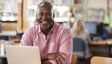Parent who is deferring student loans while in school